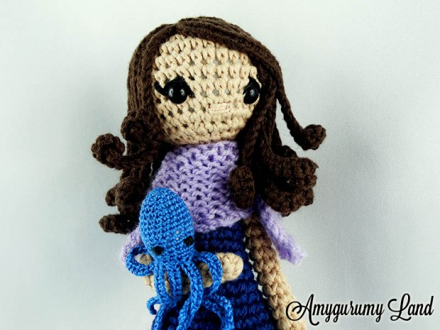 blue-octopus-girl-1